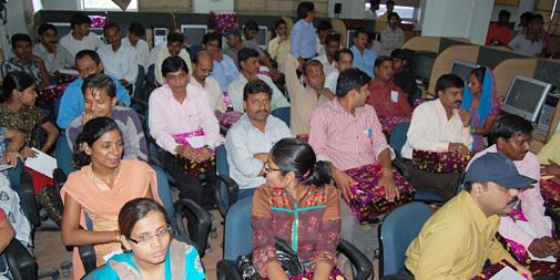 स्थापना दिवस समारोह में उपस्थित डीएनए के मीडियाकर्मी