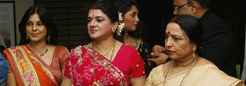 मालिनी अवस्थी, विजया भारती और शारदा सिन्हा