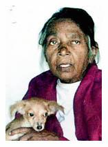 शीरीन महावीर अपने कुत्तों के साथ : अब यादें ही शेष