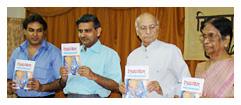 कवि देवमणि पाण्डेय, कथाकार आर.के.पालीवाल, न्यायमूर्ति श्री चन्द्रशेखर धर्माधिकारी, डॉ. सुशीला गुप्ता, सचिव सुनील कोठारे