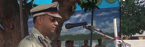 गाजीपुर के वरिष्ठ पुलिस अधीक्षक एल. रवि कुमार (फाइल फोटो)